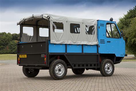 mclaren truck mclaren f1 designer gordon murray creates flat pack truck