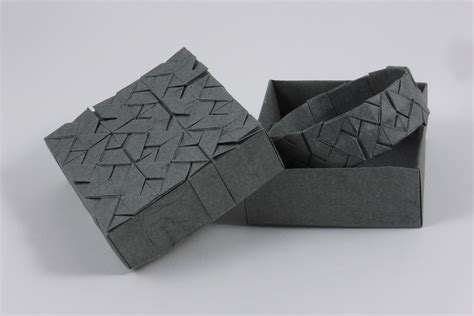 Origami Squares - square interlace tessellation by michaå kosmulski â crease