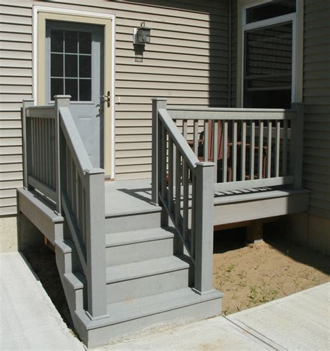 Outdoor Banisters And Railings by Small Home Exterior Design Prefabricated Porch Steps