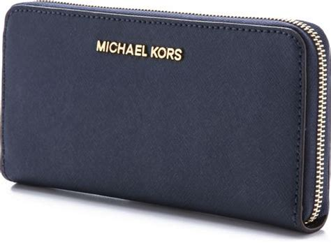 Michael Kors Travel Wallet Navy michael michael kors jet set travel za continental wallet navy in blue navy lyst
