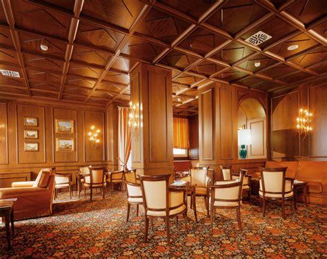 controsoffitti in legno bianco boiserie realizzazione interni boiseries legno