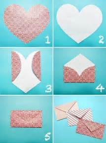 how to make an envelope from a shaped of paper