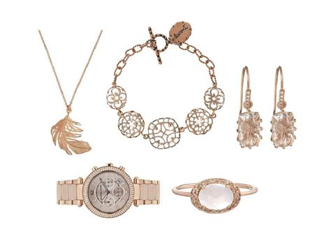 Second Skin Glowing Jewellery by Gold Coloured Jewellery Becomes Summer Trend