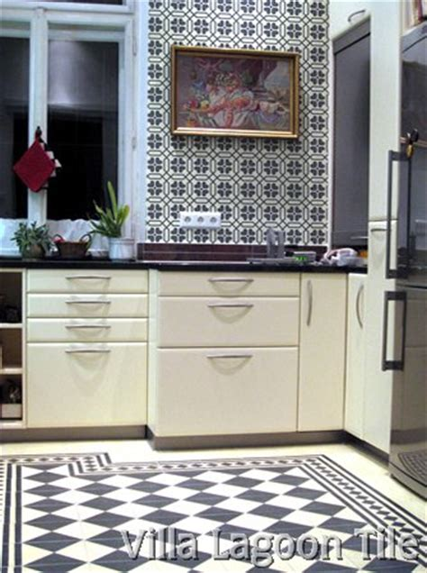 black and white tile kitchen 2017 grasscloth wallpaper