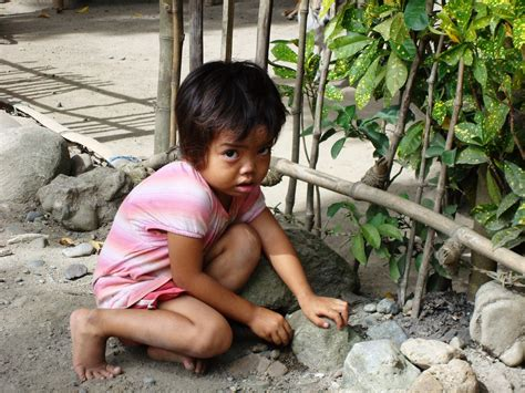 naka hubad na mga babae naka hubad na mga babae is poverty a matter of culture