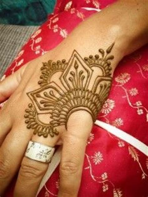 tattoo hashtags copy and paste henna designs on pinterest henna mehndi and mehendi