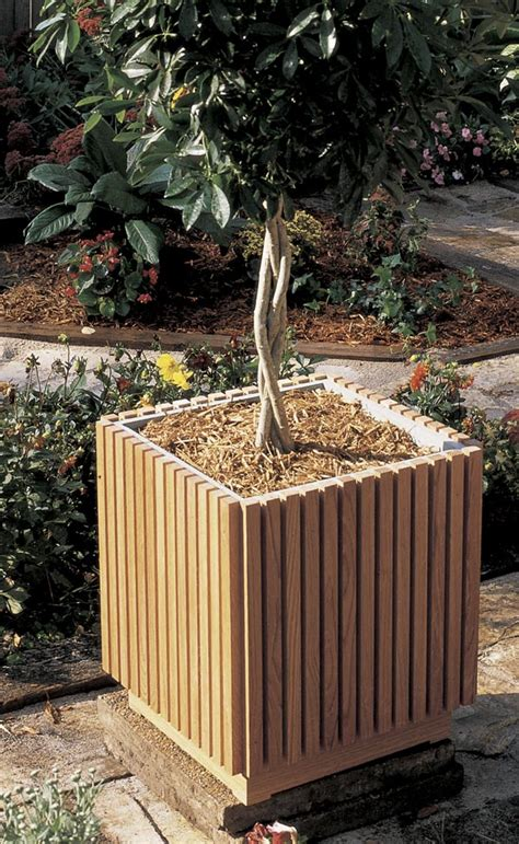 woodworking plans planters slat sided planter woodworking plan from wood magazine
