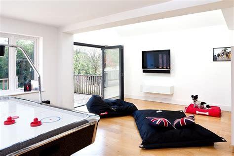 inspirasi ruang keluarga  konsep lesehan rooangcom