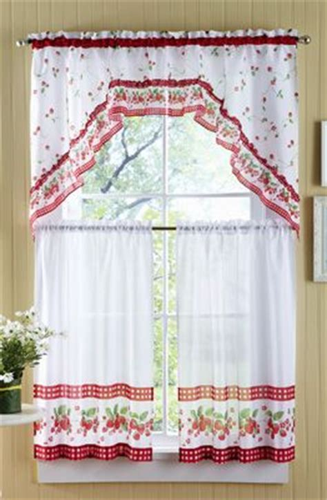 strawberry kitchen curtains 60 best images about perde model on pinterest window