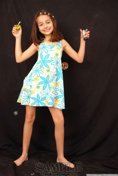 talents r us models thepeopleimage models nikki download foto gambar