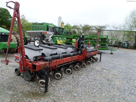 Ih Planter Parts by Ih 1200 8 Planting Seeding Planters Deere
