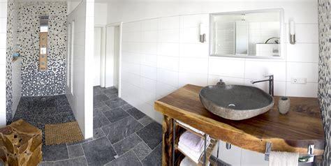 wäscherei im badezimmer traumb 228 der mit naturstein steinwaschbecken