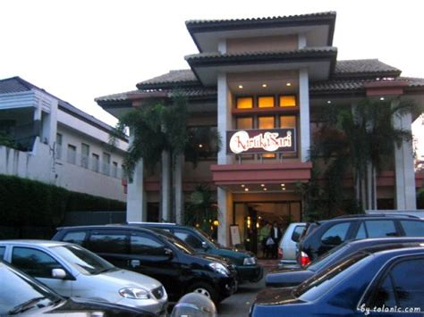 adidas outlet store bandung shopping in bandung tolanic s travel blog visit malaysia