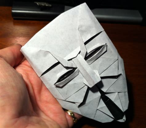 Origami Fawkes Mask - 309 v for vendetta setting the crease