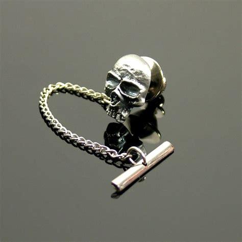 tie pin skull