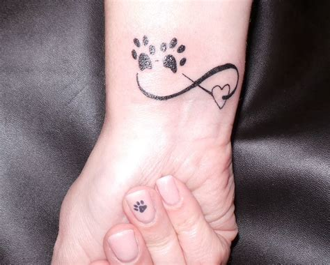 my new tattoo in memory of kate amp ellie both went to