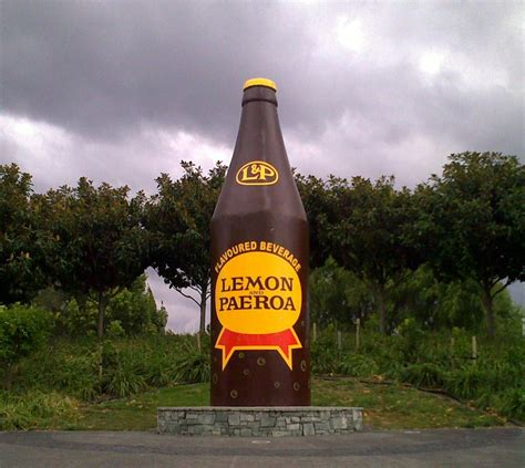 Bottle L by Paeroa L P And The Big Bottle