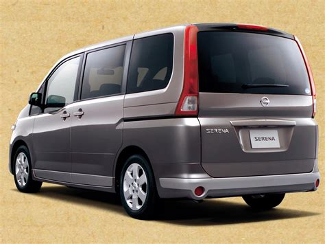 nissan serena nissan serena photos news reviews specs car listings