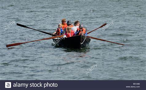 row the boat pics row boat boy stock photos row boat boy stock images alamy