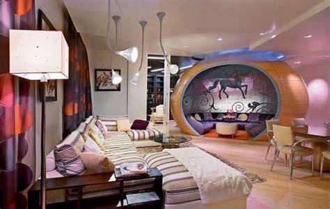steps  modern interior decor  pop art style
