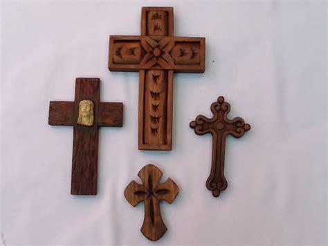 imagenes religiosas en madera figuras religiosas talladas en madera maderas talladas
