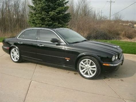 jaguar dealers in michigan buy used 2004 jaguar xjr in new michigan united