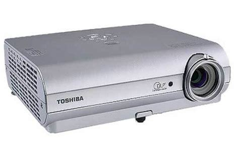 Proyektor Toshiba Tdp S35 toshiba tdp s35 dlp data projector production gold