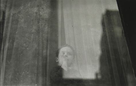 saul leiter early black saul leiter and the new york roberta s blog