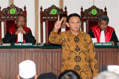 ahok leadership ahok s lawyers to report fpi leader for allegedly lying in