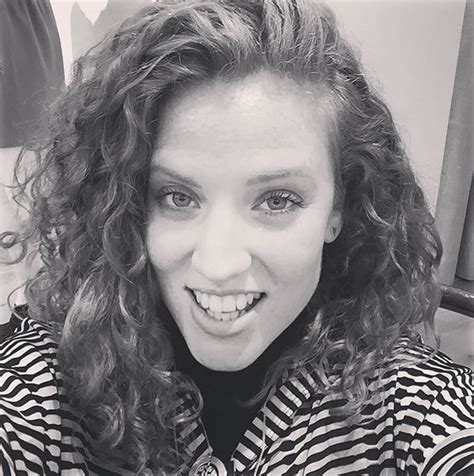 jess glynne 9 22 pictures of english singer songwriter jess glynne