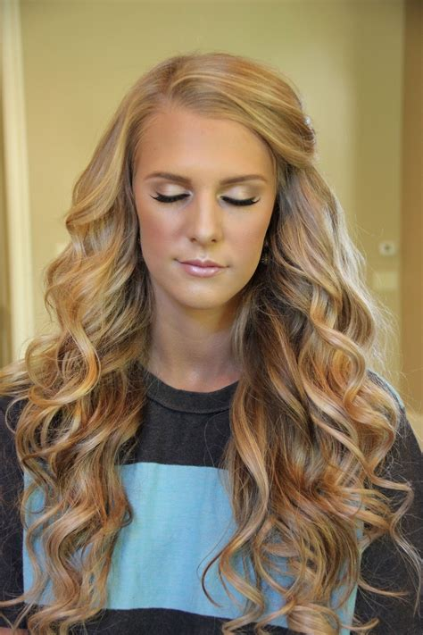 getting hair curled and color i wish my hair could look like hers hair pinterest