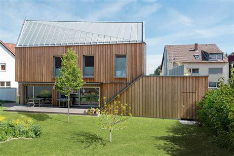 Haus Mit Holzfassade by Happy End In Der Tabakscheune Mit Holzfassade 187 Livvi De