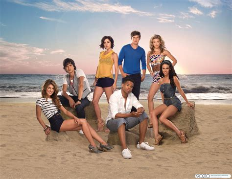 Rich Are Back Cw Plots 90210 Spinoff by Beverly 90210 I Miss The School