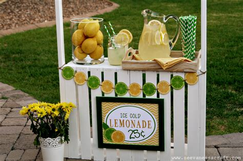 Decorate My Home For Christmas by Diy Tutorial Crate Lemonade Stand For Kids See Vanessa