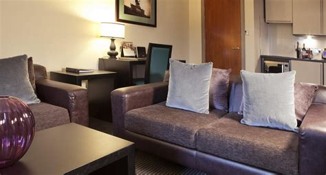 livingroom glasgow hotel apartments glasgow fraser suites