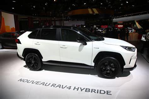 2019 Toyota Rav4 Hybrid by Europe S 2019 Toyota Rav4 Hybrid Debuts In With 219