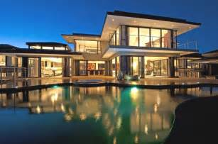Luxury Home Designs - ultimate look for your dream home with luxury home plans