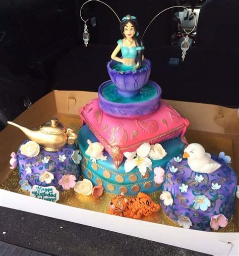 Genie L Favors by 25 Best Ideas About Princess Cake On