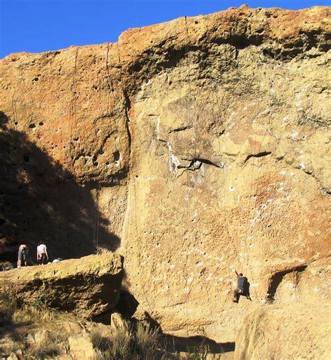 malibu creek climbing rock climbing in malibu creek state park daykations