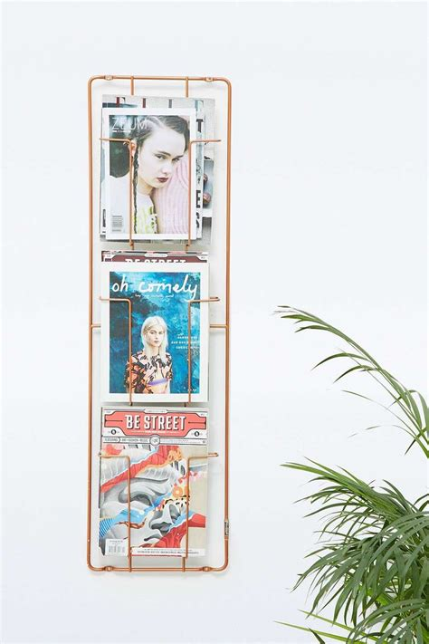 Magazine Display Rack Wall by 25 Best Ideas About Magazine Racks On Hair