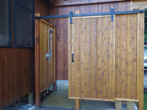 Outdoor Shower Doors The Outdoor Shower With Sliding Door Useful Reviews Of Shower Stalls Enclosure Bathtubs And
