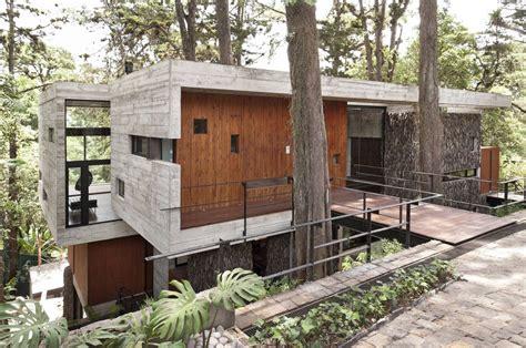 la pared cardiaca home design plans 2015 15 hillside homes that know how to embrace the landscape