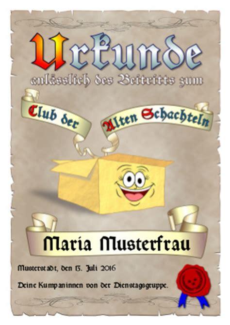 Kostenlose Vorlage Alte Schachtel Urkunde Alte Schachtel Tage Zum Feiern