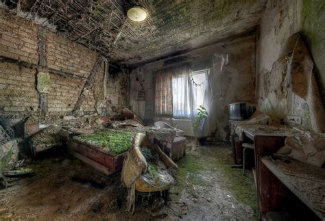abondoned places image gallery inside abandoned hotels