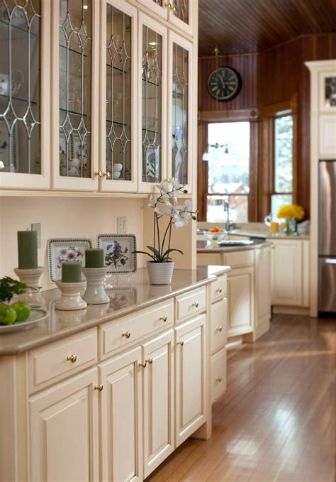 butlers pantry with leaded glass waypoint living spaces