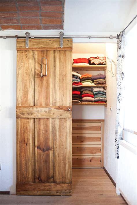 Kleiner Begehbarer Kleiderschrank Selber Bauen by Die Besten 25 Kleiderschrank Ideen Auf