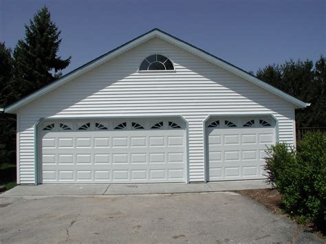 pictures of 3 car garages 3 car garages classic builders