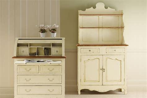 aparador para cozinha m 243 veis para uma cozinha de estilo ingl 234 s decora 231 227 o da casa