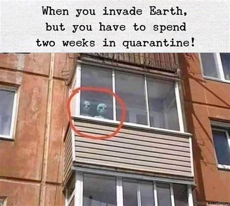 aliens watching  season  earth  meme memezilacom