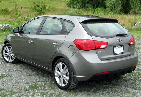 books about how cars work 2011 kia forte spare parts catalogs file 2011 kia forte sx hatchback 06 23 2011 rear jpg wikimedia commons